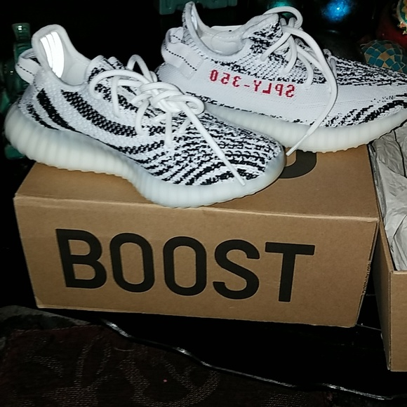 31dc56d26a5a Adidas Yeezy Boost 350 zebra